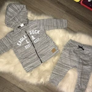 Gray and white zip up 2 piece set